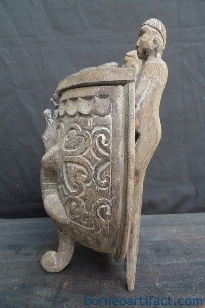 SMALL DAYAK CARRIER MEDICINE CONTAINER Ritual Pole & Crocodile Motif Box Storage